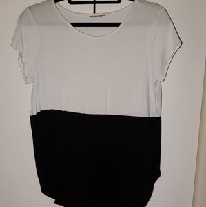 Two-toned flowy t-shirt